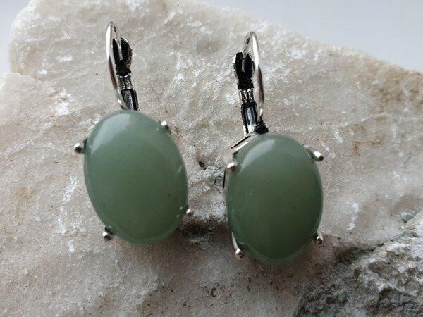 Женские винтажные серьги с натуральным jade нефрит - камень  долголетия