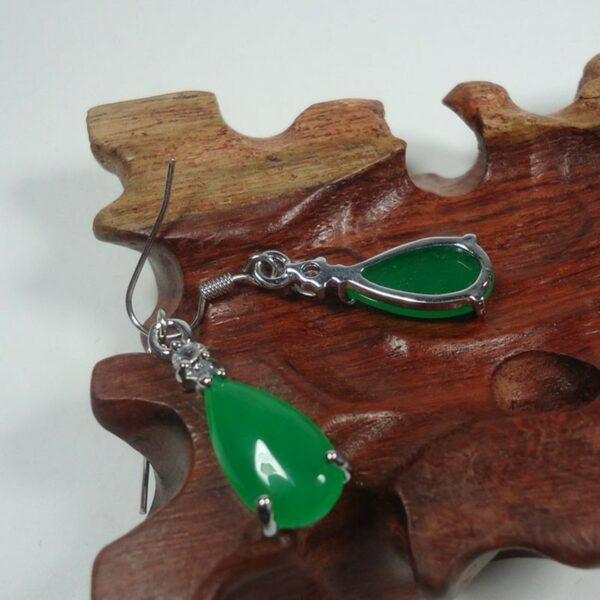 Cерьги натуральный зеленый  нефрит