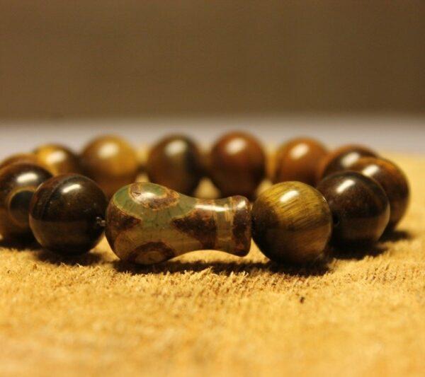 14 mm Браслет натуральный камень тигровый глаз и Бусины Дзи - помогает нормализовать сон
